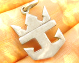 Anchor crown haunted pendant thumb155 crop