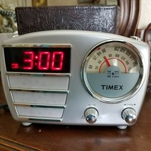 Timex AM FM Clock Radio Mid Century Look T247S Battery Pewter Gray Works Great - $37.40