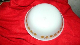 CORELLE BUTTERFLY GOLD 1 QUART SERVING BOWL GENTLY USED FREE USA SHIPPING.. - $18.69