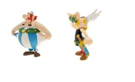 Asterix magic potion and Obelix stretching plastic figurine set Plastoy