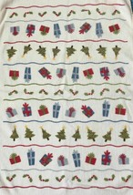 St Nicholas Square Kitchen Towel 100% Cotton Tree Holly Berry Christmas ... - $10.04