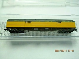 Micro-Trains # 14700430 Chicago & North Western 70' Heavyweight Baggage N-Scale image 1