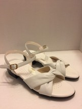 SAS White Leather Open Toe Shoes Size 10 N Tri Pad Comfort - $23.36