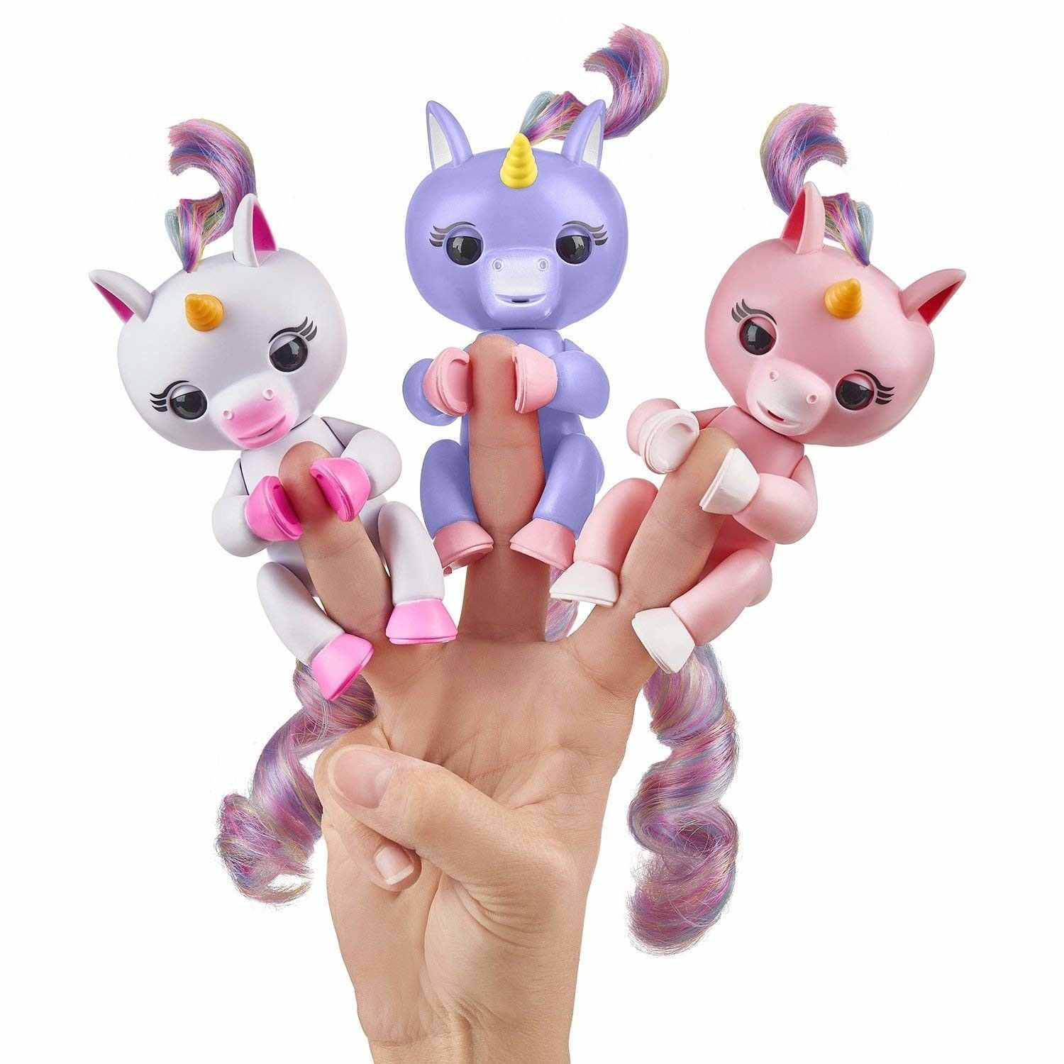 Fingerlings Baby Unicorn - Gemma (Pink with Rainbow Mane and Tail) - Interactive