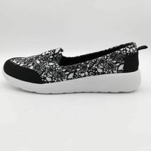 Lands End Womens Gatas Comfort Flat Shoes Multicolor Dotte Flower Slip On 6 D - $29.69