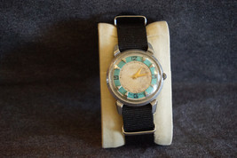 Vintage Mechanical Russian Watch Green Kirovskie 1st Moscow Factory Rare... - $46.39