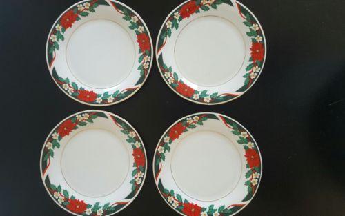 Deck The Halls Christmas Dessert Plates Tienshan Fine China Four played