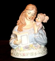 Mother and Daughter Reading together Music Box AA19-1687 Vintage (Tested) image 2