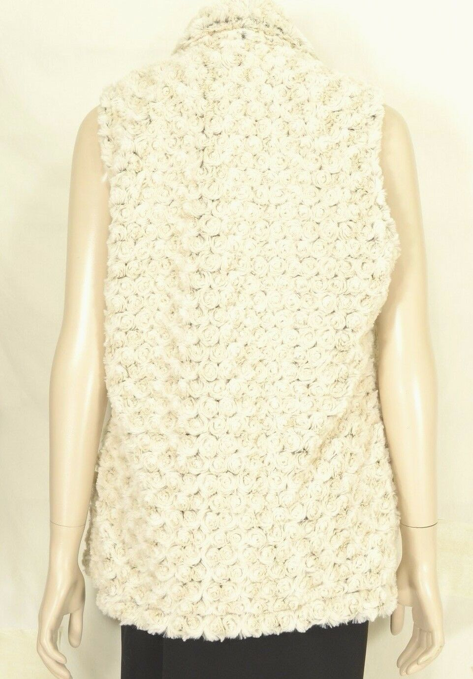 Vine Street vest SZ L NWT off white faux fur soft comfy feels like real fur USA