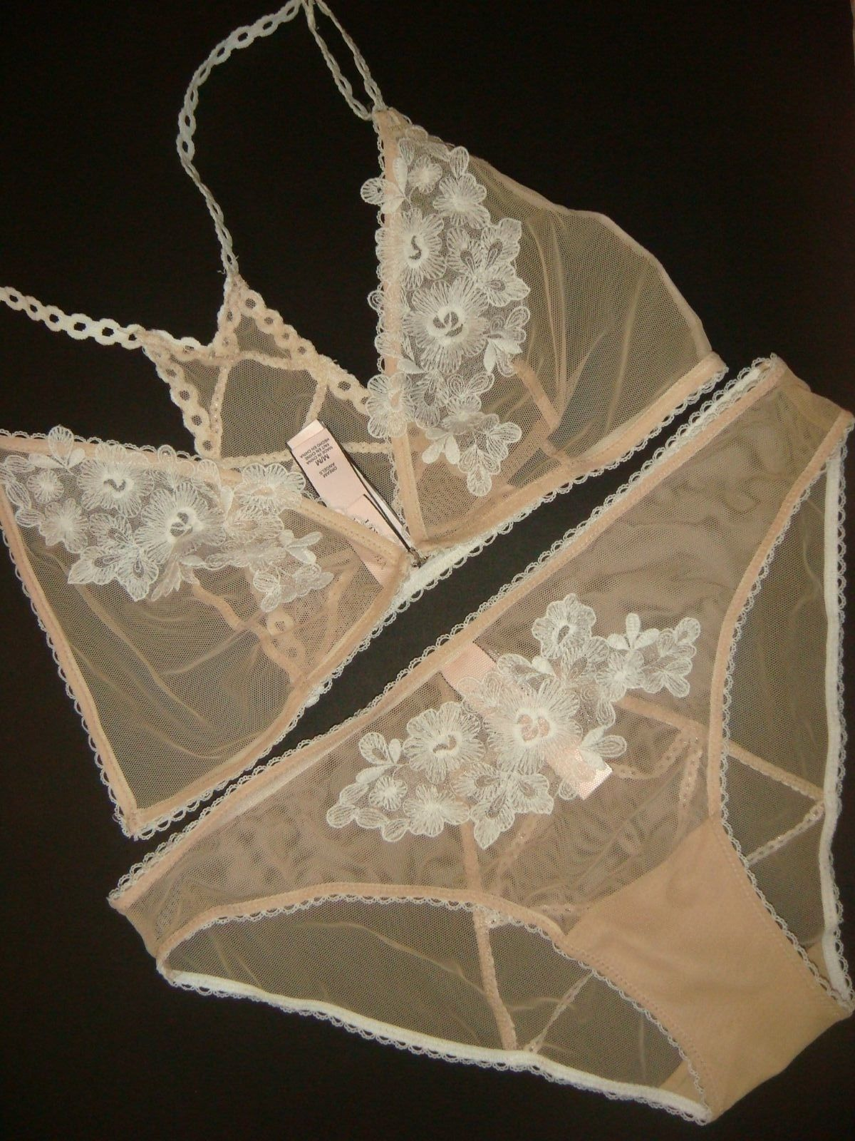 39d42a6f7a7 S l1600. S l1600. Previous. Victoria s Secret L BRA SET BRALETTE BEIGE  white floral embroidered lace  60+. Victoria s ...