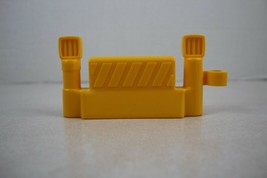 FISHER PRICE Little People Yellow Construction Fence Piece New - $2.96