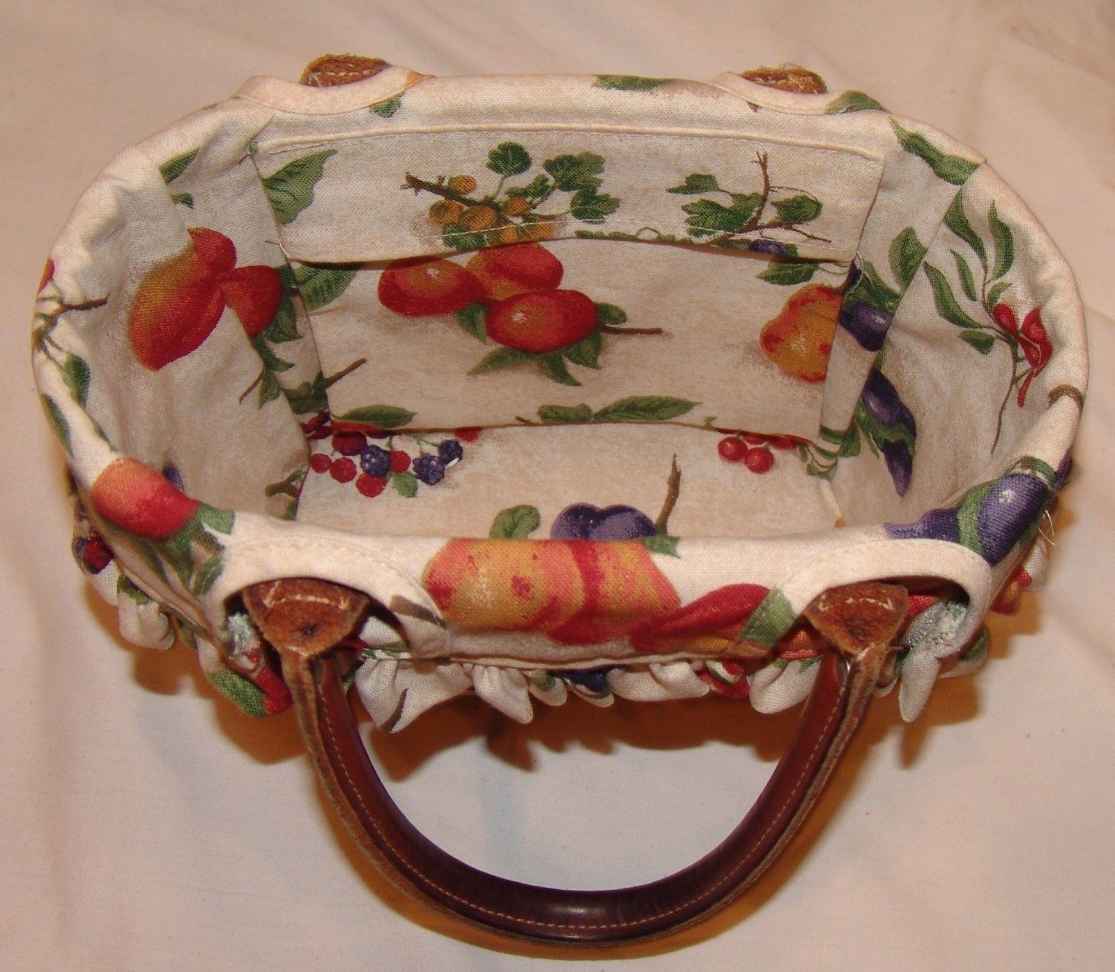 Longaberger Basket w/ Leather Handles w/ Fruit Print Lining 2004 Signed