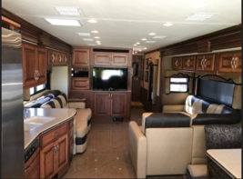 2013 Fleet wood Discovery 40X for sale by Owner - Curtice, OH 47906 image 5