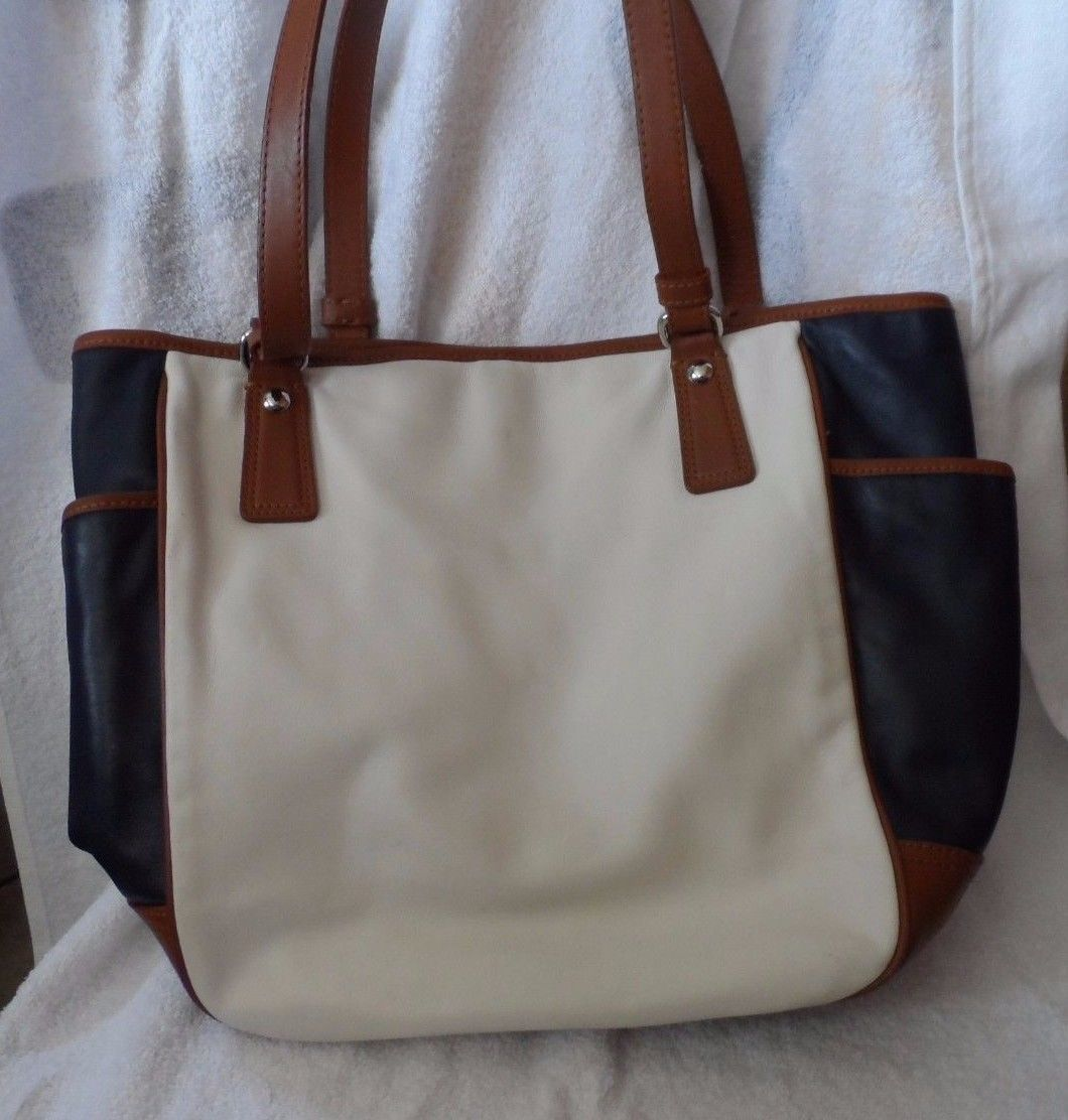 Vintage Navy white and brown Coach tote bag (Lot PS)