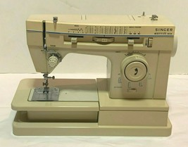 SINGER MERRITT 9618 SEWING MACHINE MADE IN ITALY VERY CLEAN NO POWER COR... - $54.00