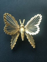 Vintage Monet Signed Goldtone Dimensional Butterfly w Wire Wings Pin Bro... - $13.09