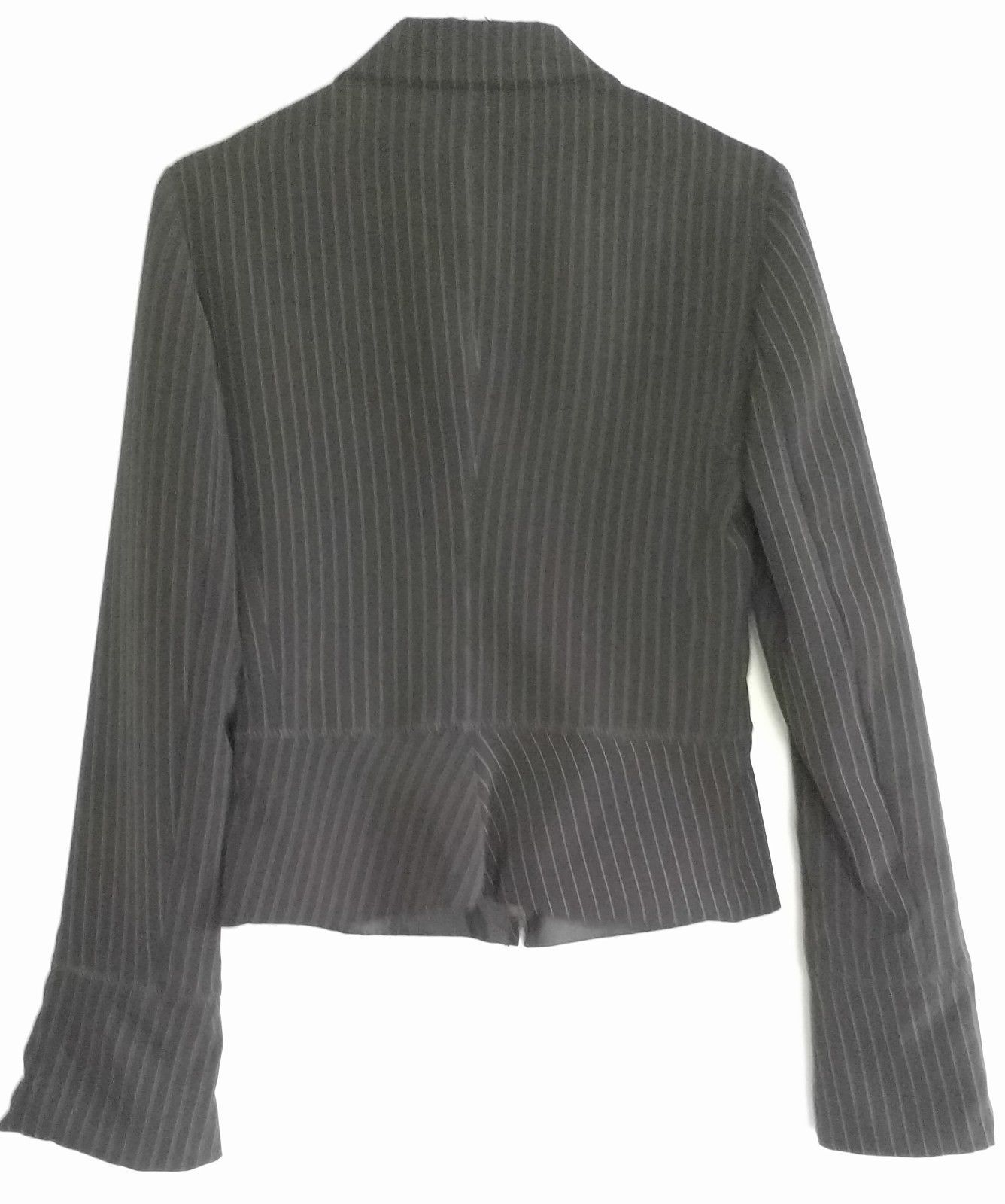 ARMANI COLLEZIONI Zip Jacket Womens Pinstripe Black Short EUC Sz 38 Italy Fitted