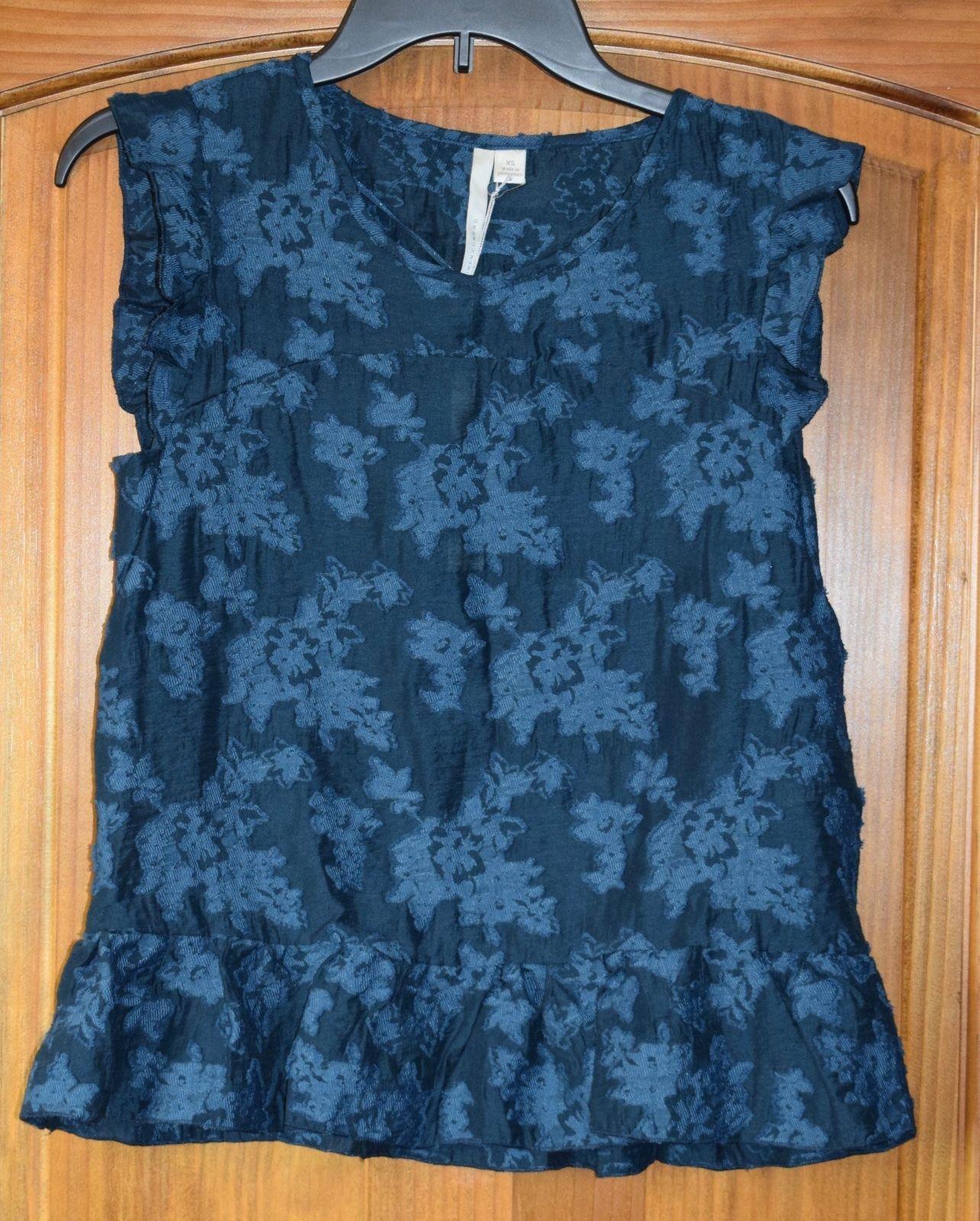 2bfa53fcd0e036 S l1600. S l1600. New LC Lauren Conrad XS Jacquard Shell Teal Sleeveless  Floral Lace Ruffle Top