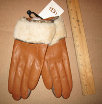 UGG Gloves Shorty Driver Shearling British Tan Leather Med NEW - $128.00