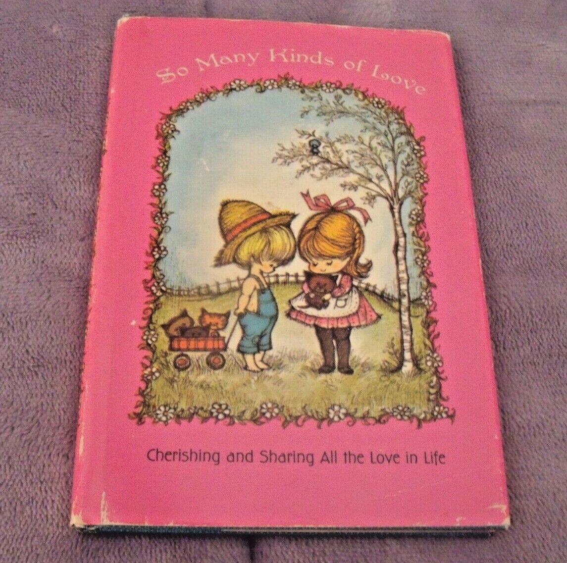 Primary image for VINTAGE 1968 HALLMARK So Many Kinds Of Love BOOK By Dean Walley Barbara White