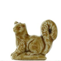 Wade Whimsies Red Rose Tea American Series 2 Porcelain Miniature Pine Marten
