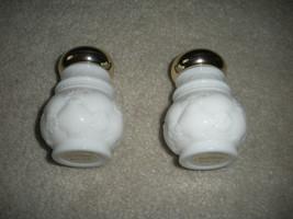 VINTAGE AVON WHITE MIILK GLASS GOLD CAP BIRD OF PARADISE JARS LOT OF 2 E... - $19.99