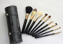 M.A.C. Special Edition Makeup Brush Set Cosmetic Essential Brushes  - $112.00