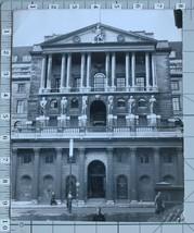 ORIGINAL PRESS PHOTO THE BANK OF ENGLAND LONDON ~ DONALD MCLEISH - $12.47