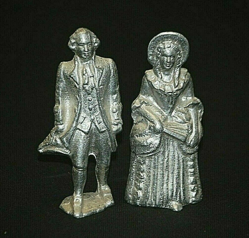 Vintage Wilton Armetale Aluminum George & Martha Washington Figurines Metalware - $36.62