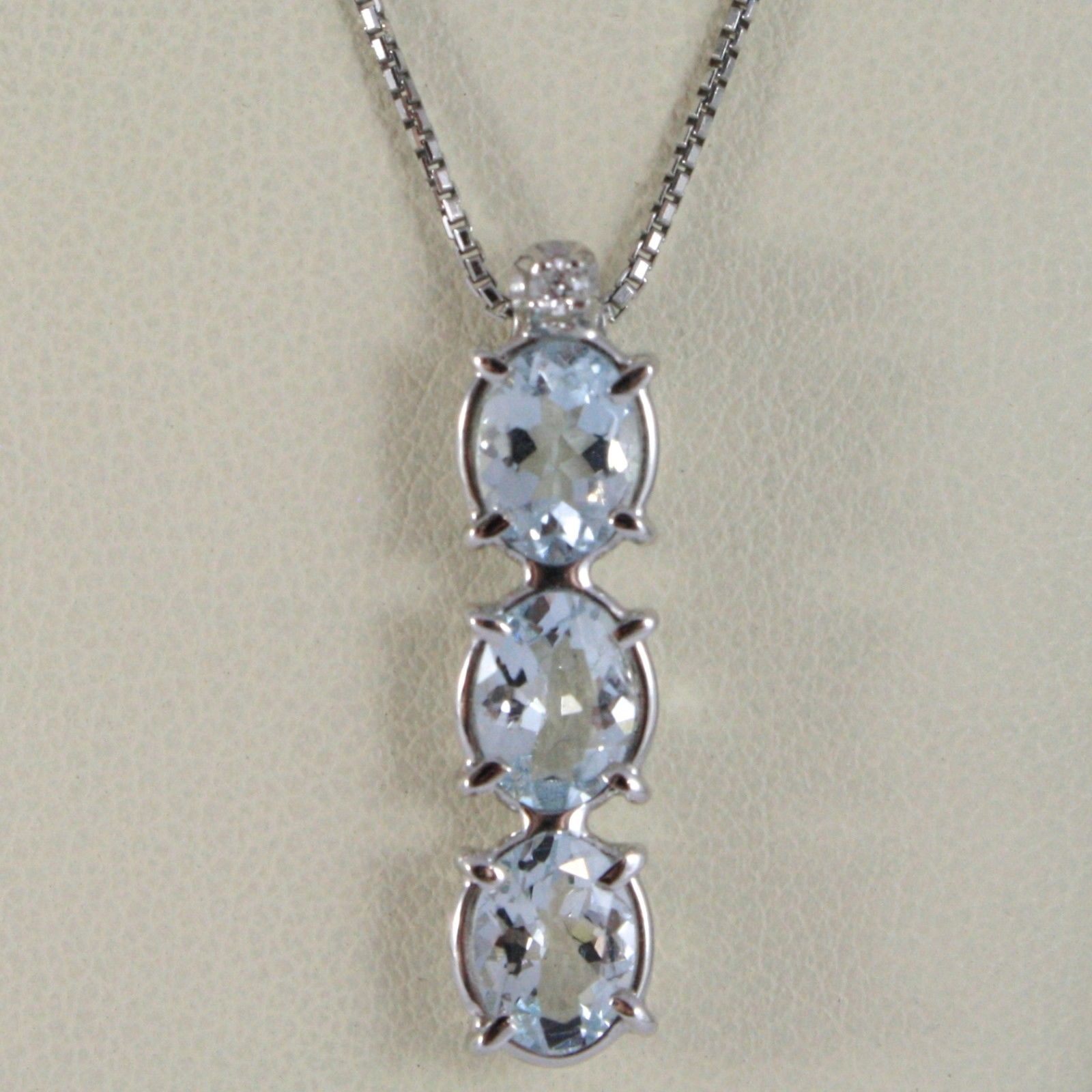 NECKLACE WHITE GOLD 750 - 18K, TRILOGY AQUAMARINES OVALS CARAT 2.50 AND DIAMOND