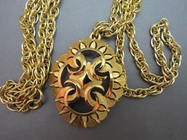 VTG Couture Trifari Pendant Necklace Double Chain Thick Gold Plated Designer EUC image 3