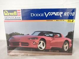 Revell Monogram 1996 1:25 Dodge Viper RT/10 Sports Car Model 85-6260 OPE... - $20.00