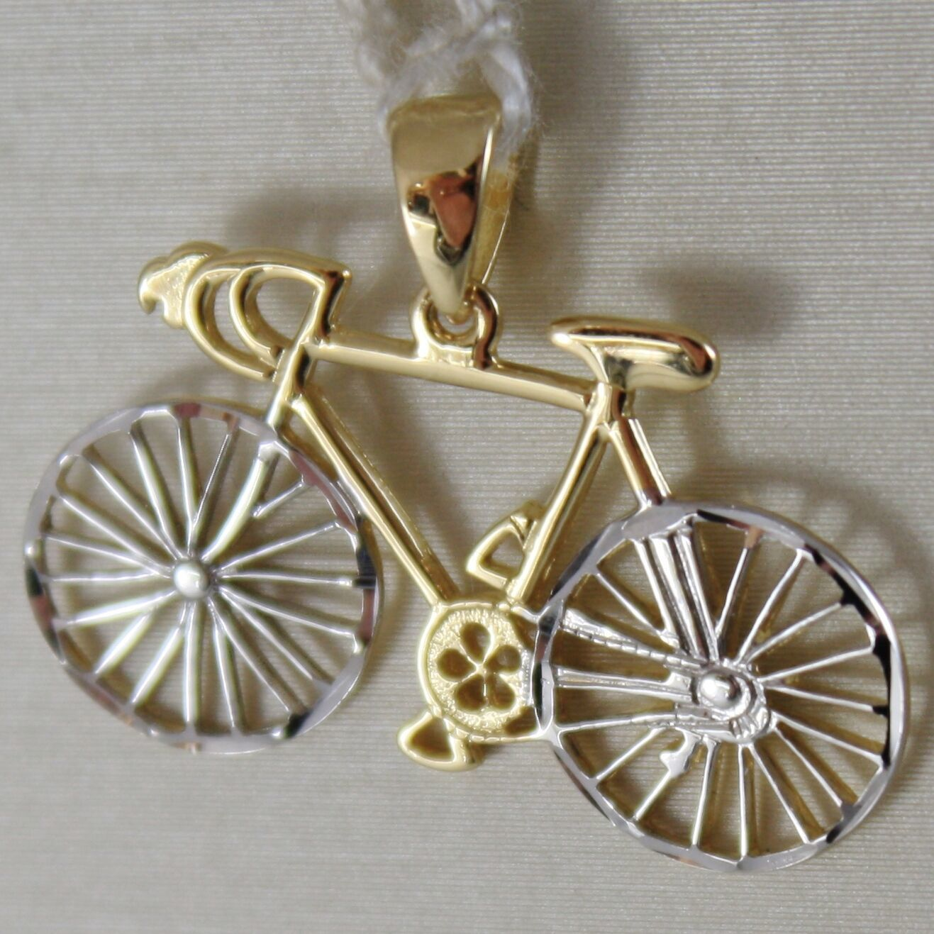 SOLID 18K WHITE & YELLOW RACING BICYCLE BIKE CYCLING SATIN PENDANT MADE IN ITALY