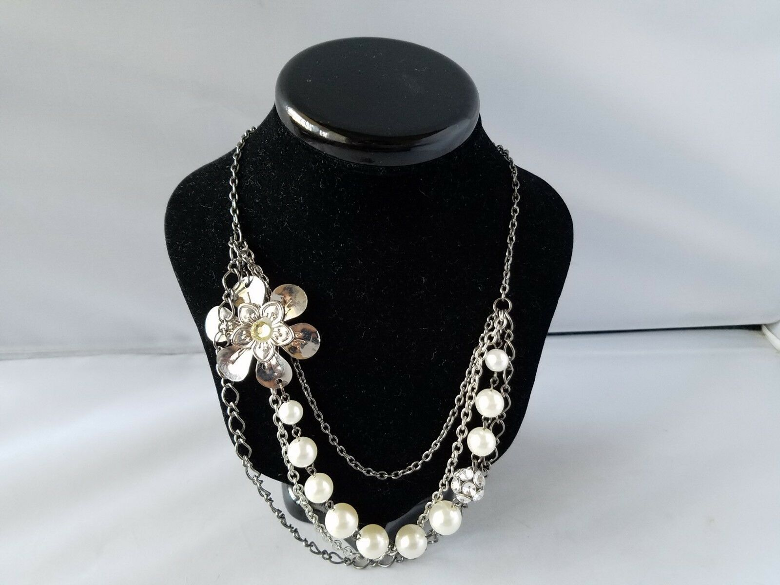 Vintage Fashion Jewelry Set Metal Silver Tone Sunflower Earrings & Necklace
