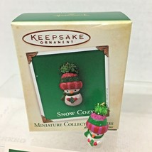 2004 Snow Cozy #3 Mini Hallmark Christmas Tree Ornament MIB Price Tag - $12.38