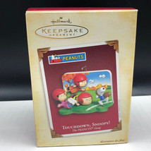 P EAN Uts Hallmark Keepsake Ornament Charlie Brown Touchdown Snoopy Gang Linus Box - $19.80