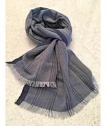 Banana Republic Unisex Herringbone Pattern Gray/Navy Winter Scarf - $18.70