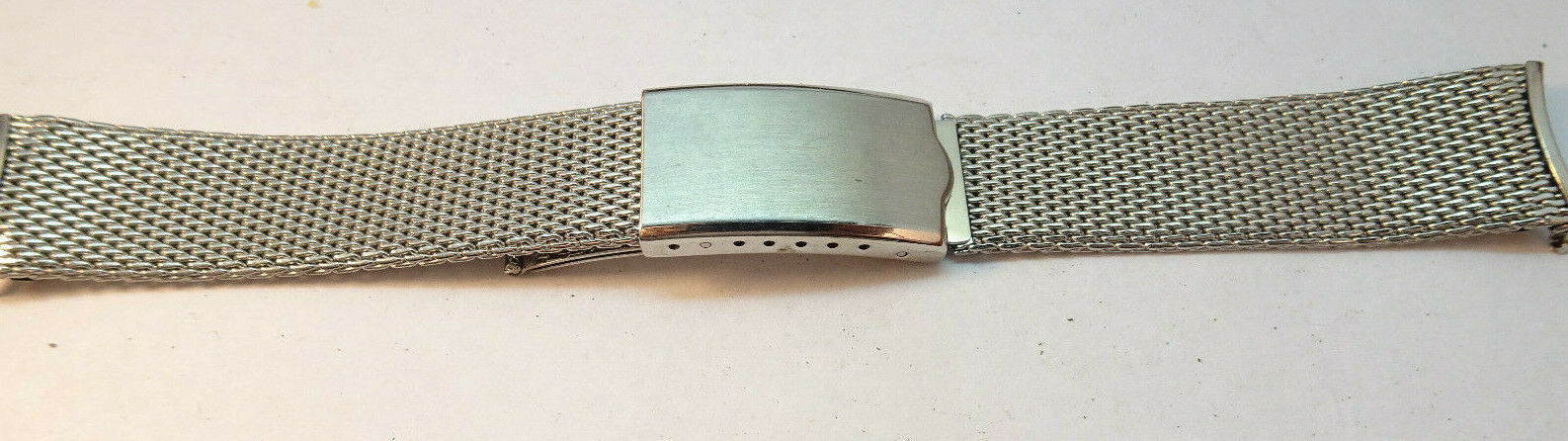 Primary image for VINTAGE HARD MESH STYLE CHAMPION MADE IN USA STAINLESS STEEL WATCH BAND 18mm