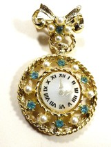 VTG Gold Tone Metal Green Peridot color Crystal Pearl faux Clock & Bow C... - $24.75