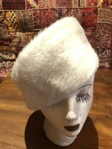 Vintage Ivory Faux Fur Pillbox Hat - $43.56