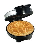 Star Wars Death Waffle Maker - £37.82 GBP