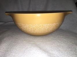 """Pyrex """"Woodlands""""  cinderella bowl 443 2.5L Mint! - $13.86"""
