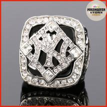 New York Yankees Super Bowl Champion Ring 2009, Enamel Crystal To Commemorate - $19.50