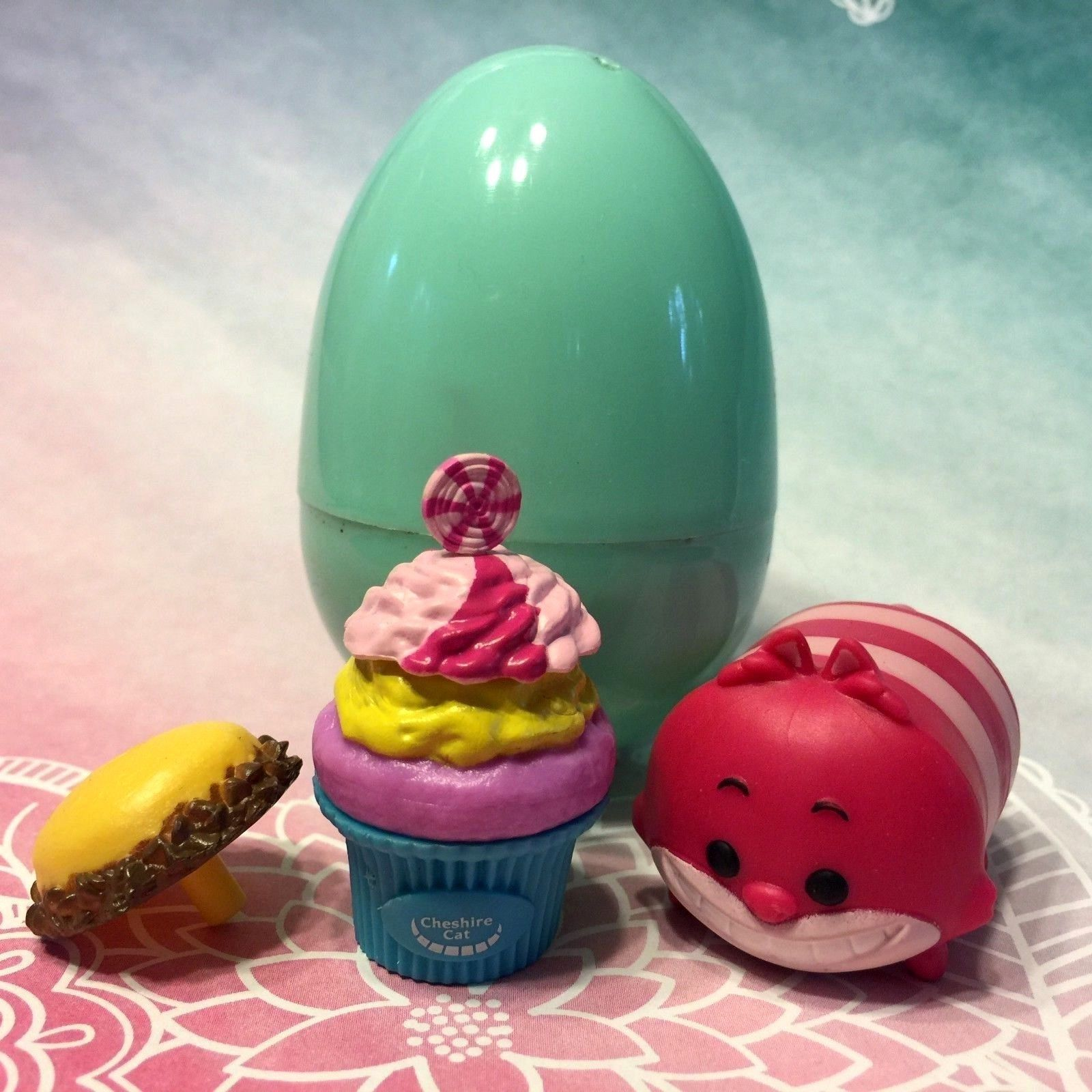 Disney DLectables Cheshire Cat Cone Easter And 50 Similar Items