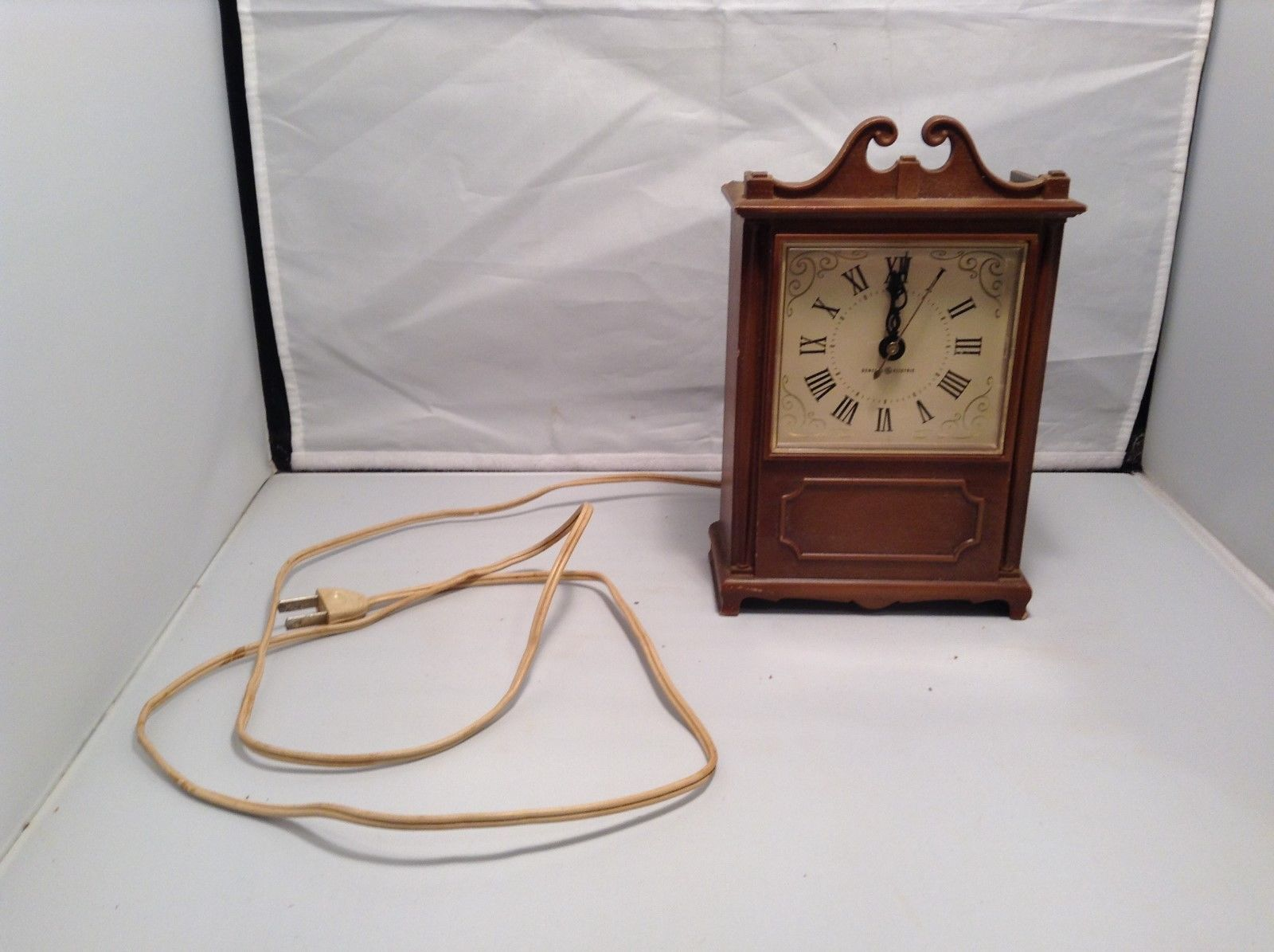 Vintage GE Electric Wood Clock Made in USA