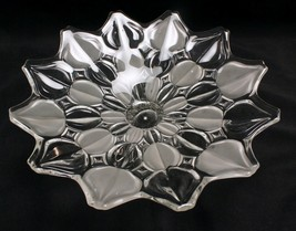 Satin and Clear Leaf Centerpiece Fruit Bowl 13 Inches Unmarked Mikasa - $23.55