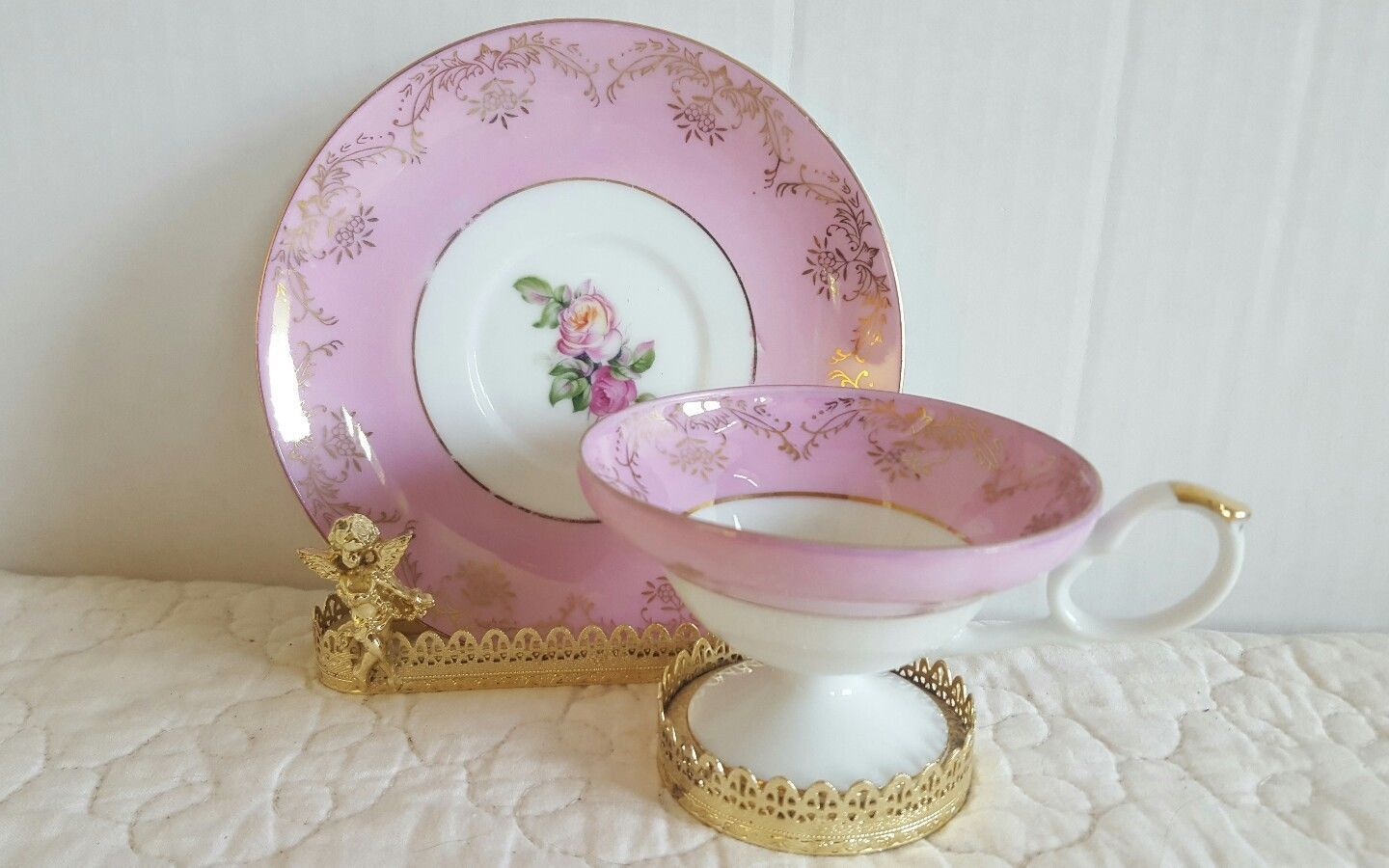 Primary image for Beautiful Vintage Floral Pink bone china tea cup and saucer made in Japan EUC
