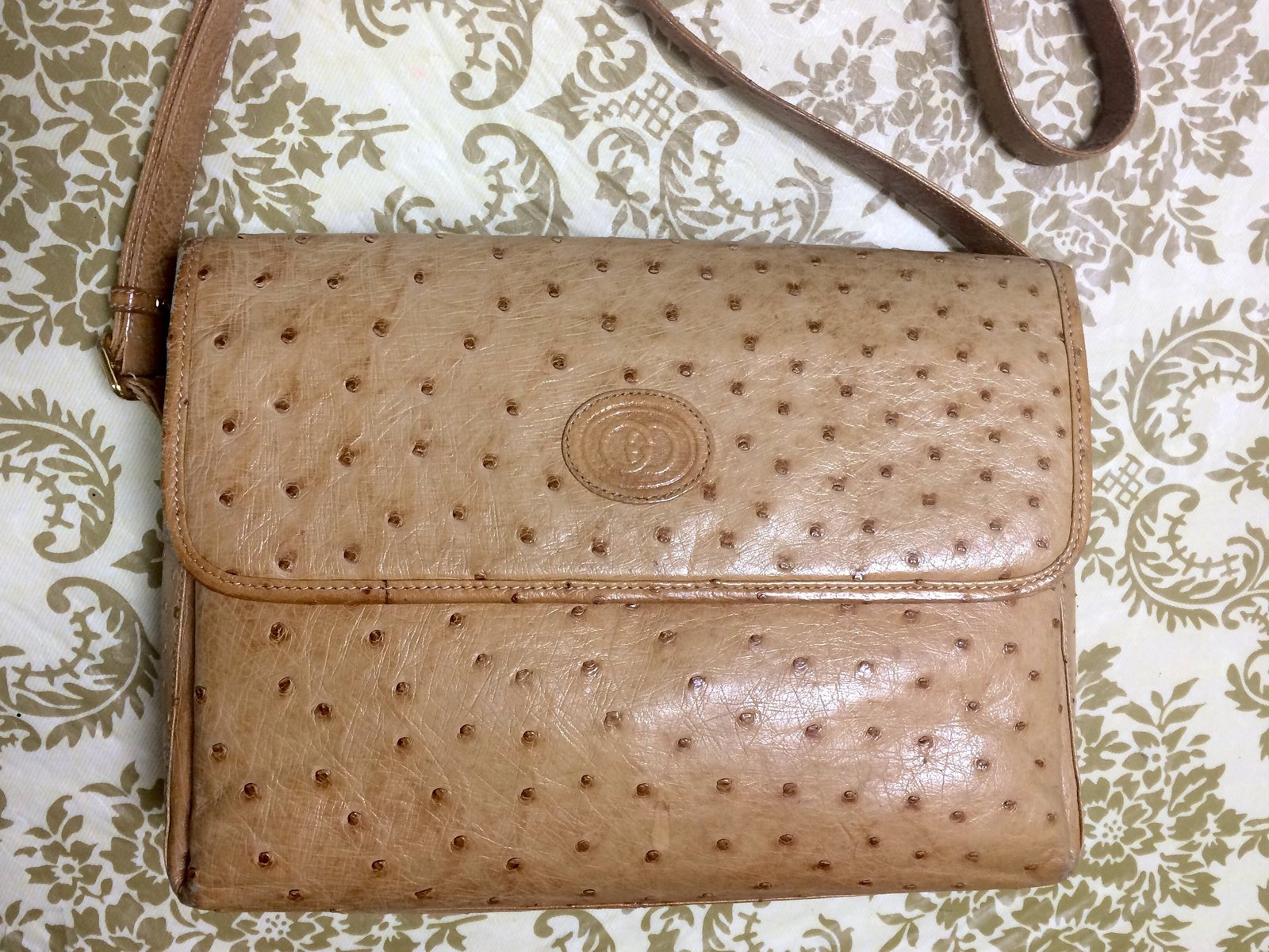 Vintage GUCCI nude brown genuine ostrich leather camera bag style shoulder bag w