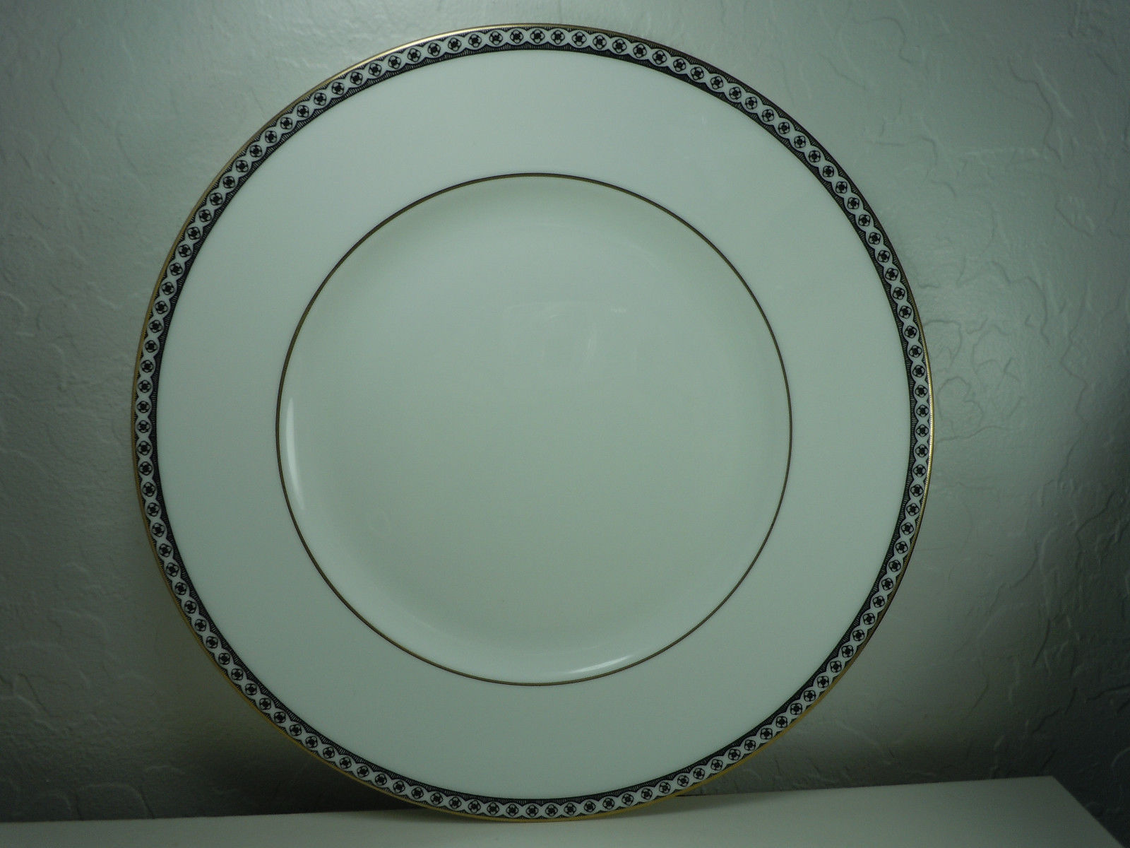 Wedgwood Ulander Black Dinner Plate