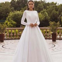 Elegant Solid Long Sleeve Satin Long Sleeve Lace Winter Wedding Gown image 6